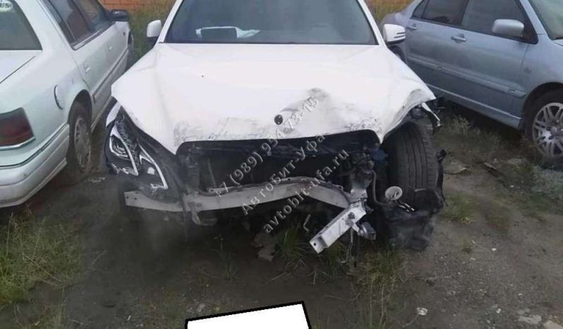 2013 Mercedes Benz E200CGI 2.0АТ полный