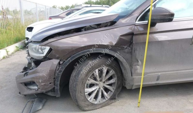 2017 Volkswagen Tiguan 1.4АТ полный